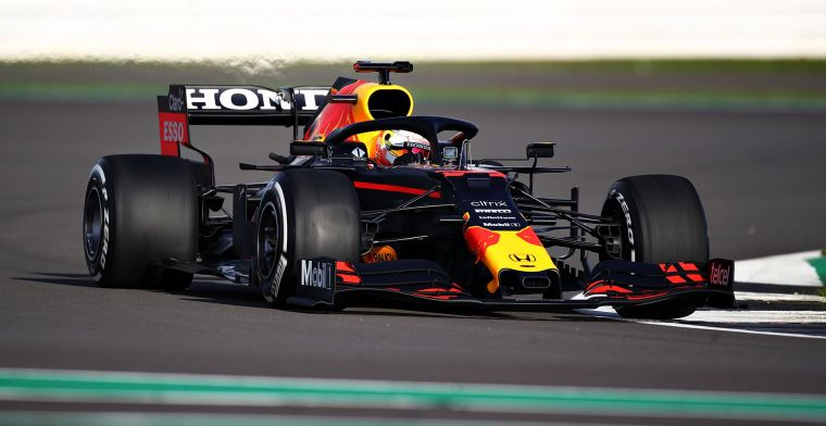 Verstappen makes his first metres at Silverstone, later today with RB16B