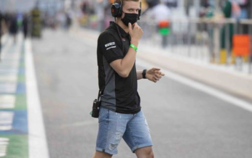 Schumacher refuses to answer journalist's question
