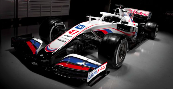 Haas F1 launch car with new title sponsorship with Uralkali