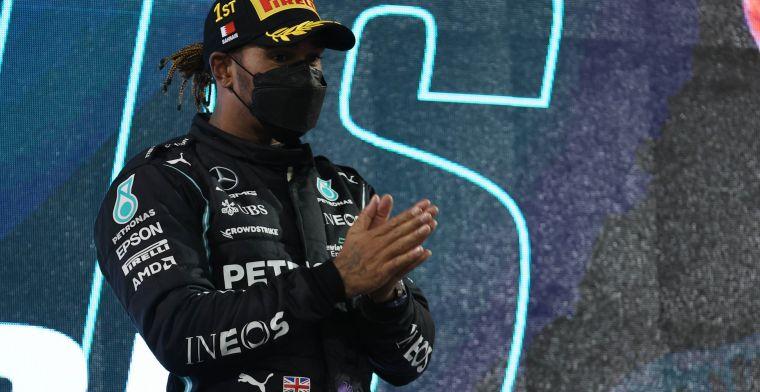 Hamilton en Opmeer vergelijken: 'Dit doe je als esports coureur toch anders'