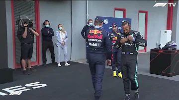 'Bodycheck' tussen Verstappen en Hamilton in Parc Ferme na kwalificatie Imola