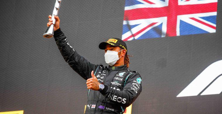 Hamilton genoot van inhaalrace: Het bracht me terug naar mijn roots
