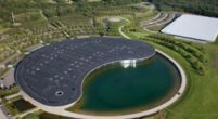 Image: McLaren sells factory for huge amount to American real estate company