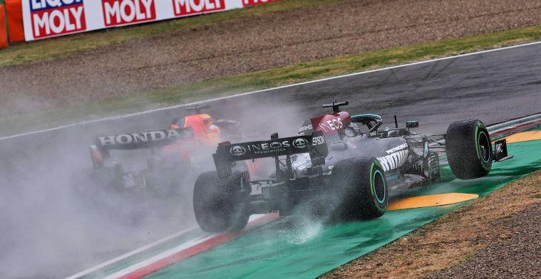 Hamilton verrast door Verstappen: ''Nu pas kijkt hij naar links''