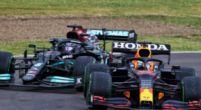 Afbeelding: Jos Verstappen ziet meer in schouderduwtje tussen Verstappen en Hamilton