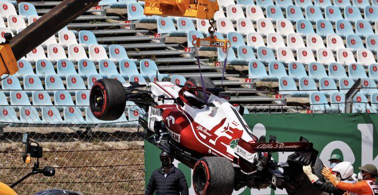 Crash Raikkonen caused by urgent problem on steering wheel