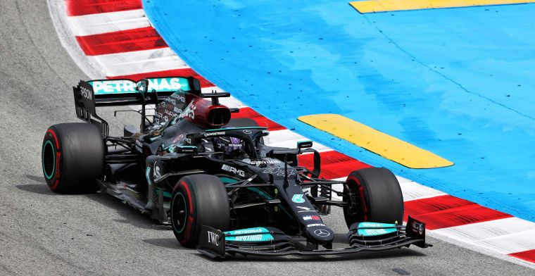 Volledige uitslag Grand Prix van Spanje | Hamilton wint weer van Verstappen