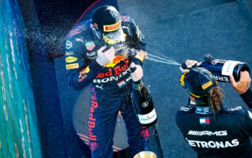 Mercedes makes fun of Red Bull: