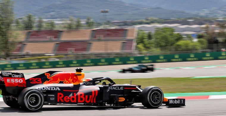 'Toen Max over start-finish reed, zag hij een melding op het stuur'
