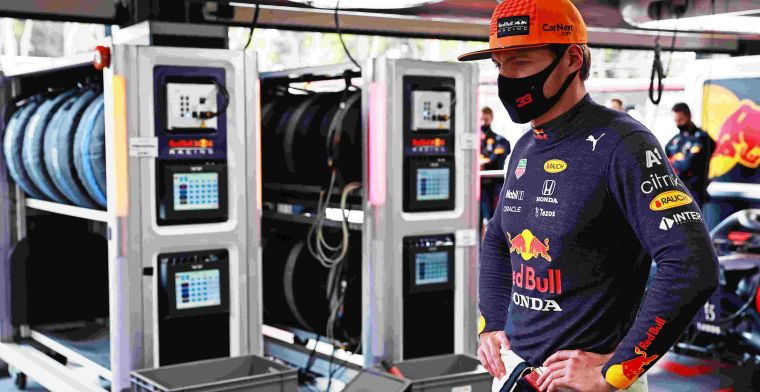 The Dutch press react to Verstappen's lost victory