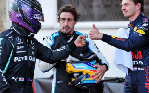 Berger ziet spannende titelstrijd: 'Verstappen is makkelijker dan Rosberg'