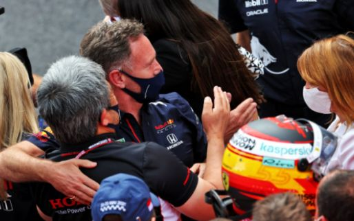 Horner surprised at Mercedes: 'We haven't seen that in years'.