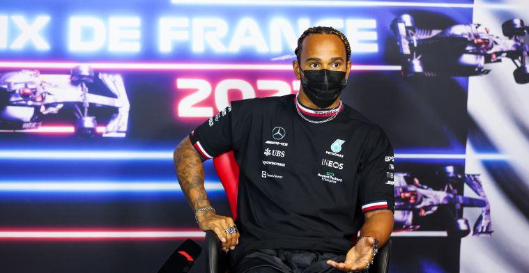 Hamilton kijkt naar Verstappen: 'Daar had je wel geld op in kunnen zetten'