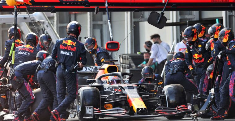 Mercedes has now opened the attack on Red Bull Racing's pit-stop equipment