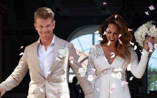 F1 Social Stint   Nico Hulkenberg stapt in het huwelijksbootje met zijn vriendin