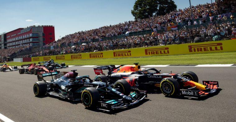 Crash Verstappen en Hamilton gevolg van sprintrace? 'Dat speelt zeker mee'