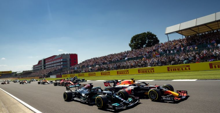 'It's going to be fascinating to watch the dynamic between Verstappen en Hamilton'