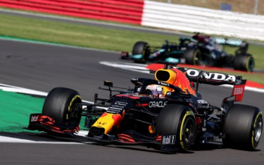 New footage shows how far Verstappen deviated from his line to avoid clash