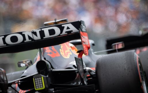 Breaking: Verstappen has to change engine after all, no grid penalty