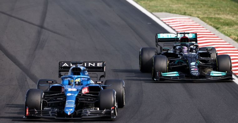 Alonso 'taught' Hamilton racing line in battle at Hungarian GP