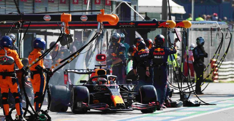 Red Bull also beaten by McLaren in the pit lane