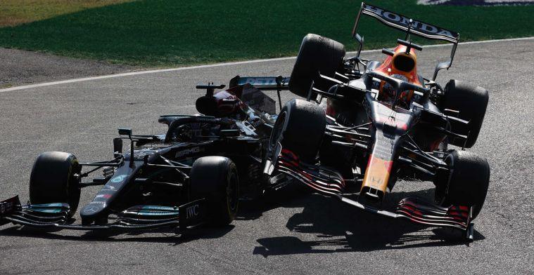 Villeneuve baalt van straf voor Verstappen: 'Hoort bij de Formule 1'