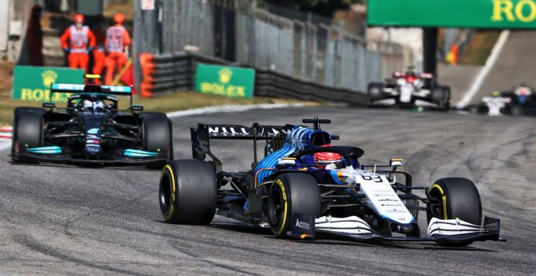 Russell quickly brushes aside Hamilton's experience: 'Great driver'