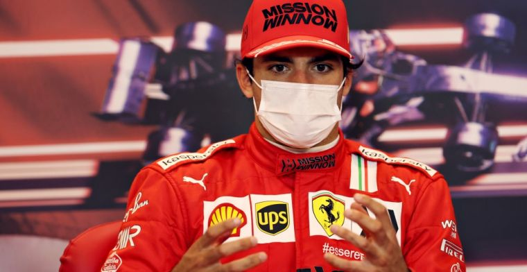 Sainz relishes battle Verstappen and Hamilton: 'Season full of passion'