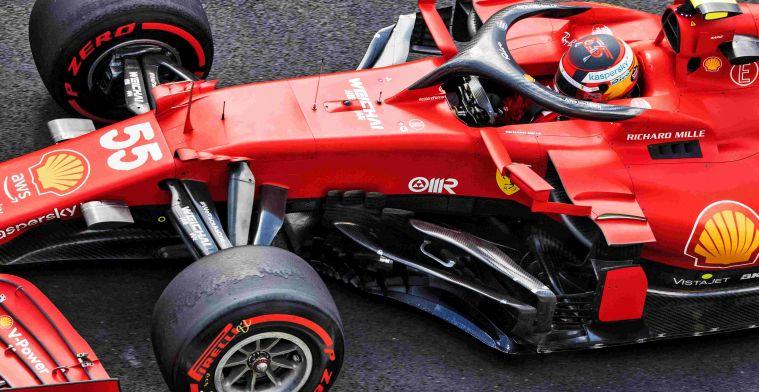 Sainz beetje jaloers op Leclerc: 'Had daar samen met hem kunnen staan'